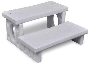 Bijele stepenice za kupke