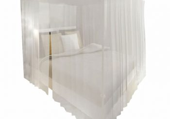 Kvadratna mreža protiv insekata iznad kreveta 3 otvaranja 2 kom
